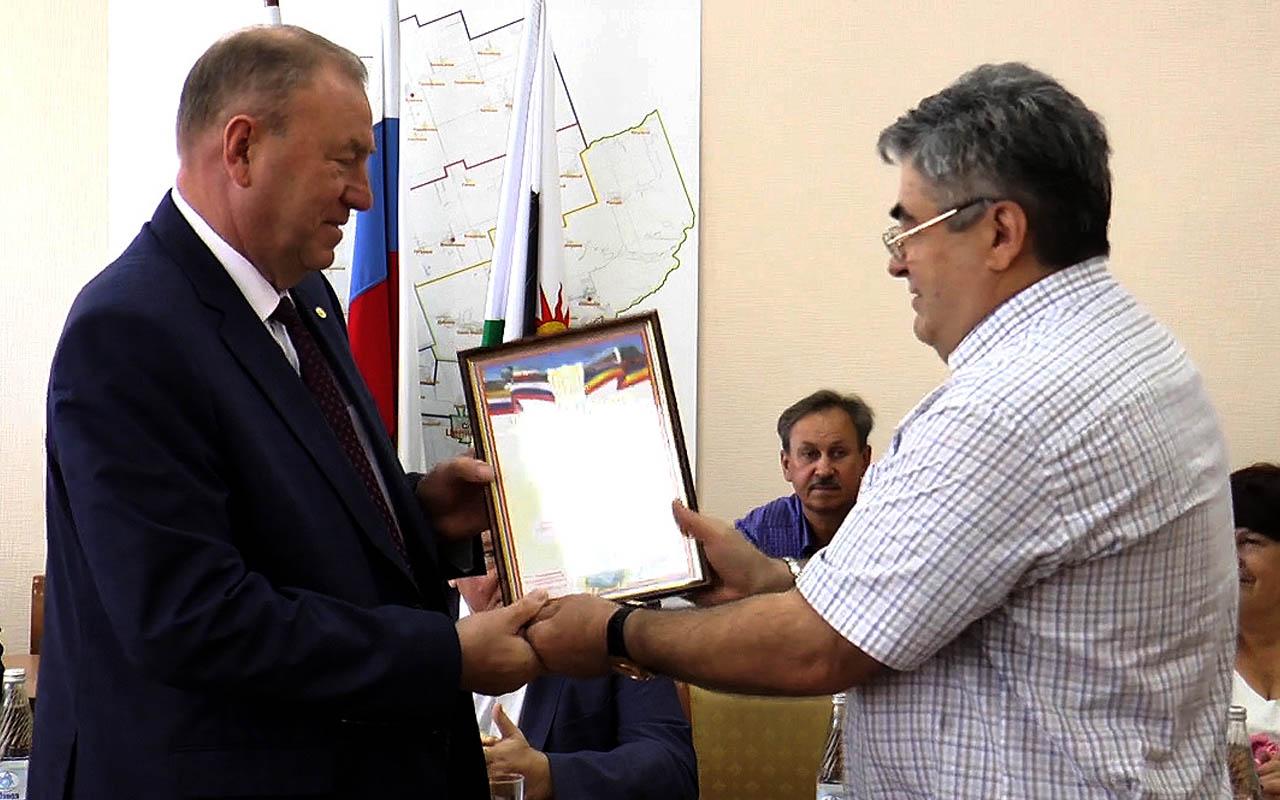Борис Сорокин завершил работу в должности Главы Администрации Целинского района