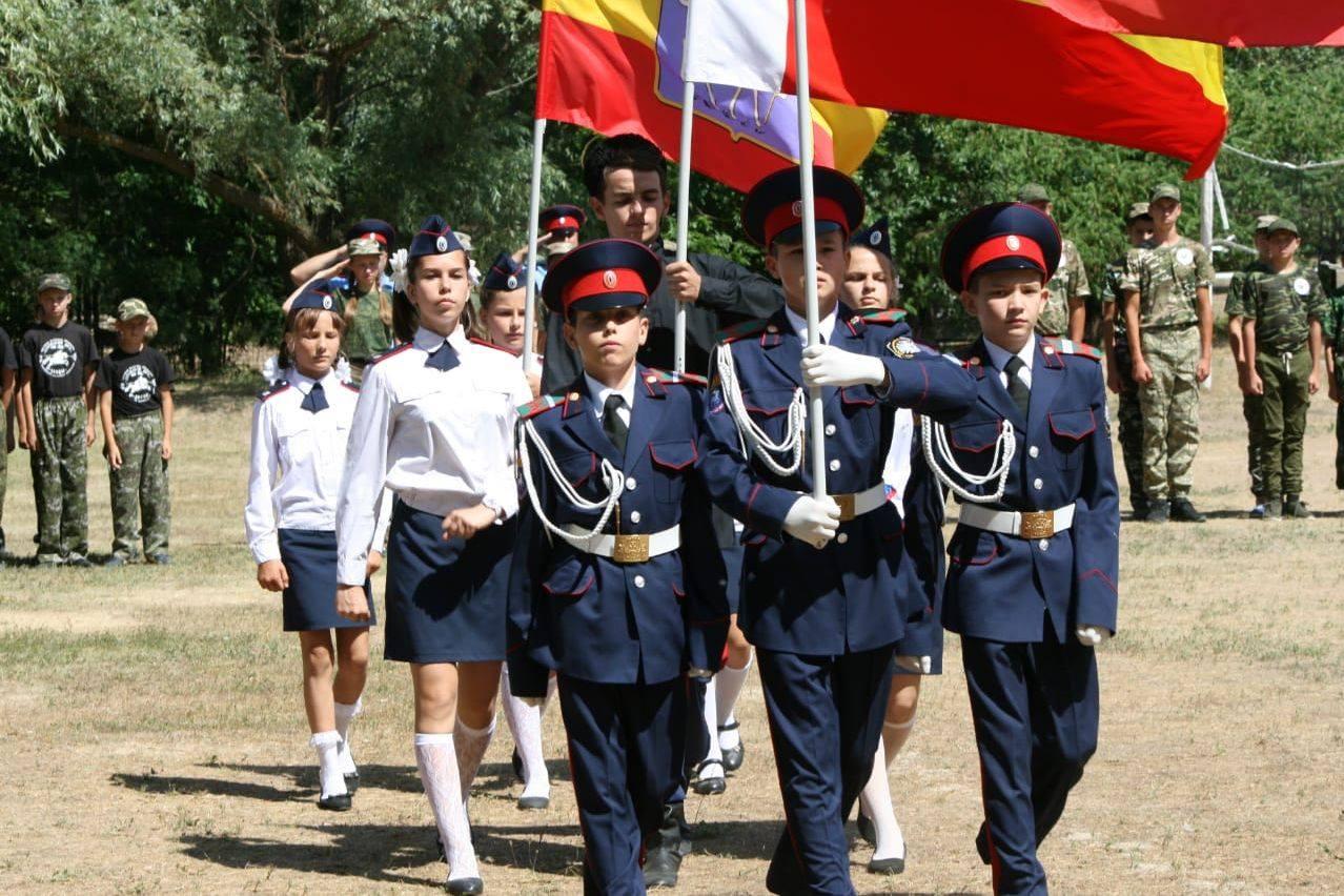 Под Волгодонском прошли военно-полевые учебно-тренировочные сборы «Донцов»