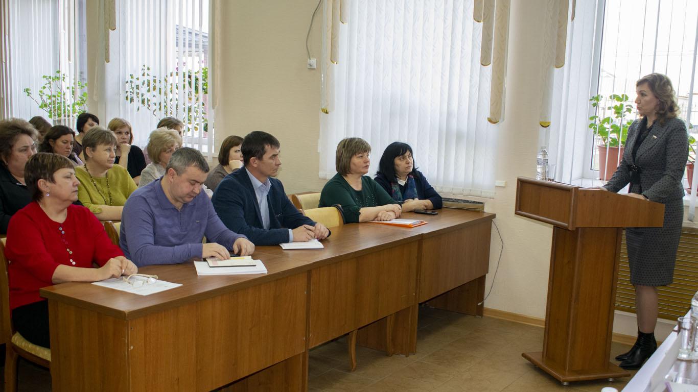 Встреча депутата ГД ФС РФ 7-го созыва Л.Н.Тутовой с активом района