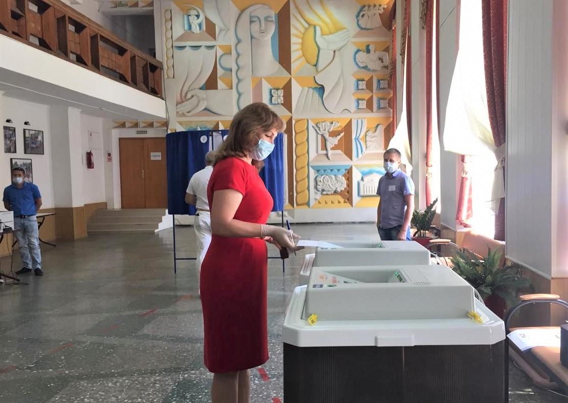 Лариса Тутова: «Поправки в Конституцию делают незыблемыми социальные обязательства перед людьми»