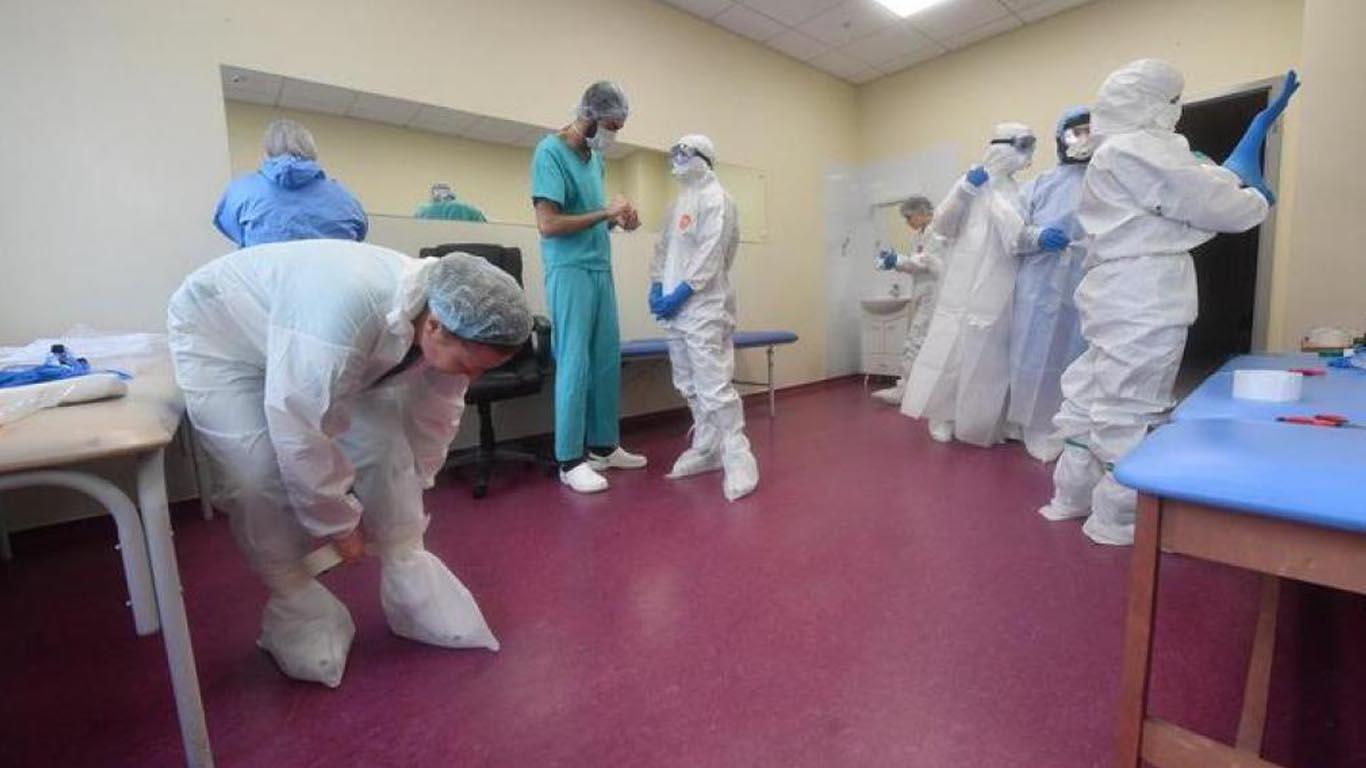 В ковидный госпиталь Усть-Донецка набирают добровольцев