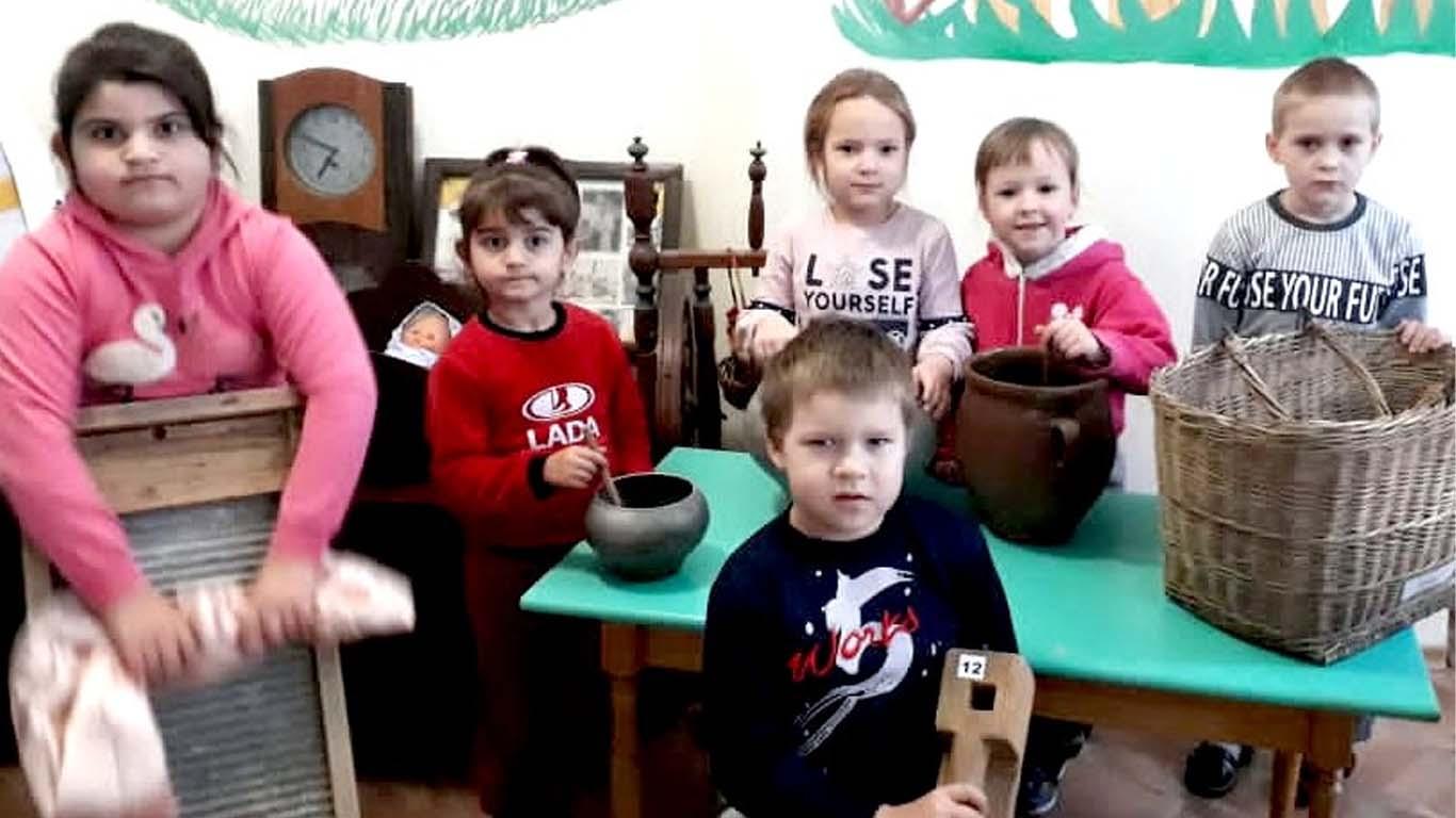 Воспитанники Хлебодарного детского сада познакомились с историей села