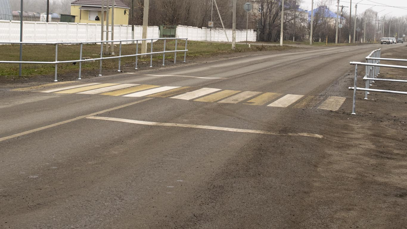 На пешеходных переходах сёл и поселков Целинского района появились новые конструкции