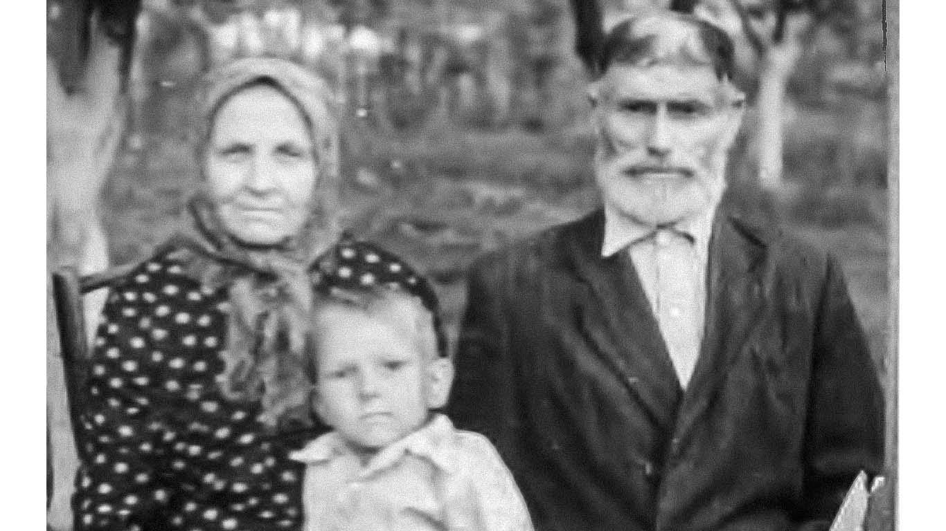 Из нитей судеб каждой семьи сплетается полотно Истории