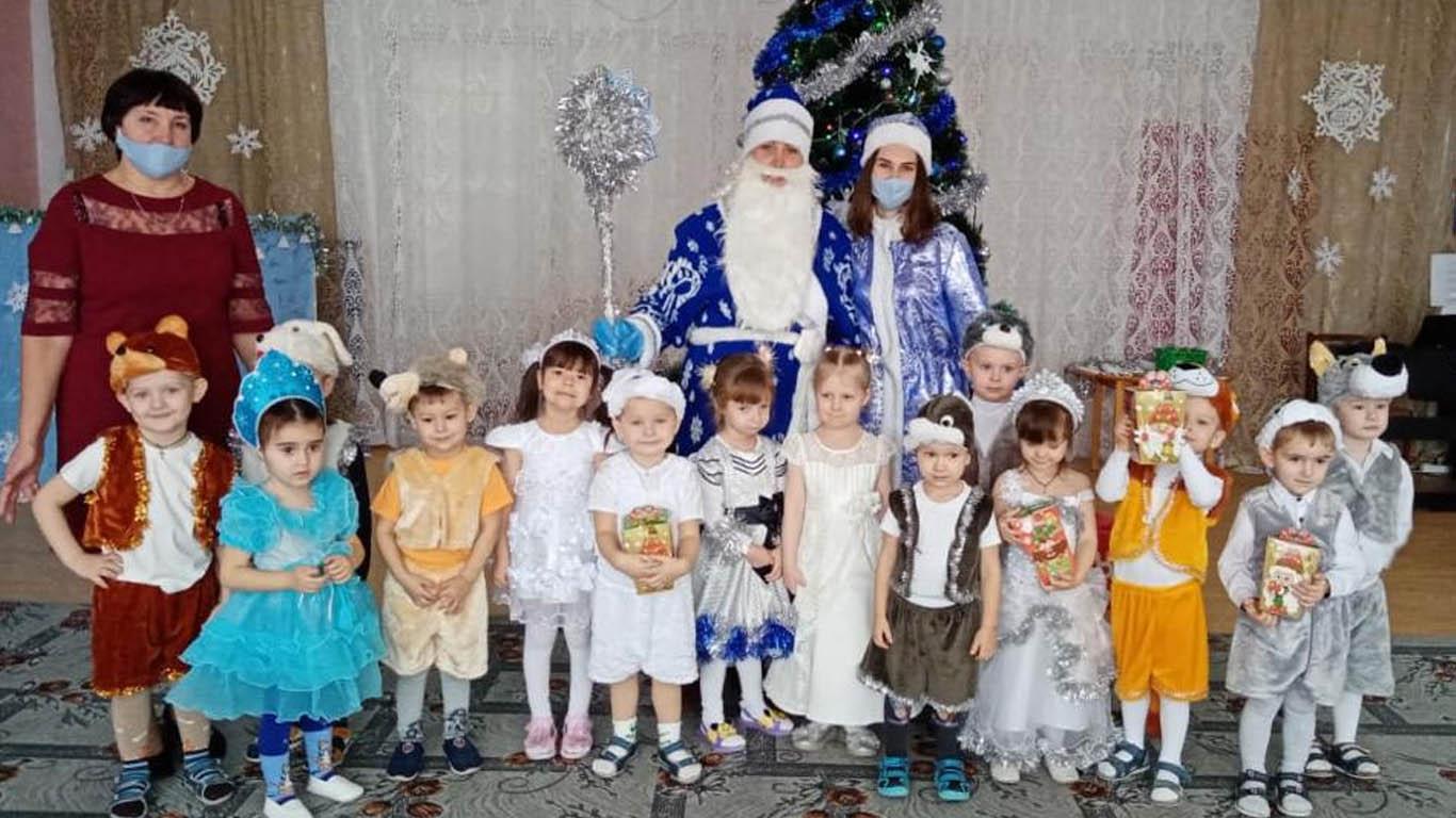 Новогоднее развлечение «Весёлый Новый Год»