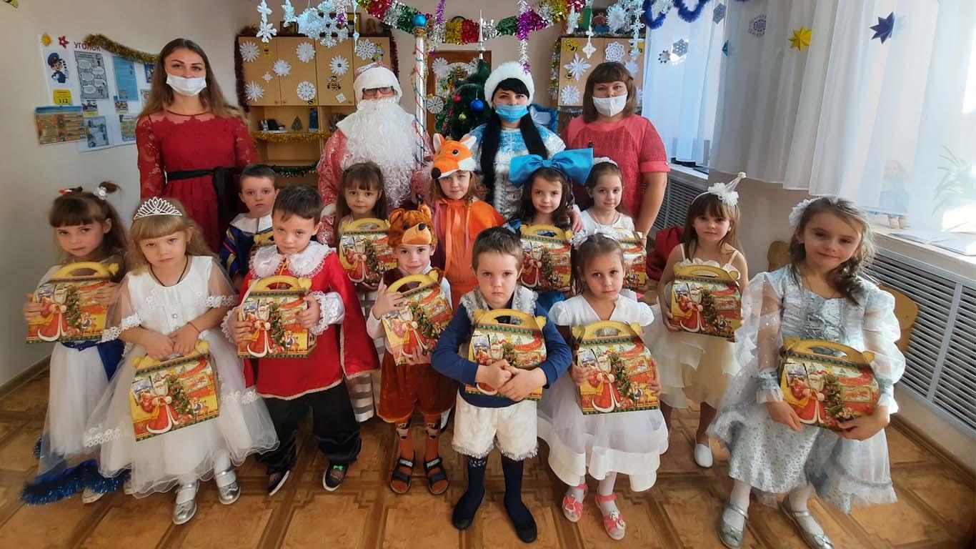 Новогодние чудеса для малышей