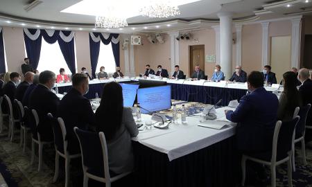 Результаты работы с обращениями граждан обсудили на встрече губернатор и активисты ОНФ