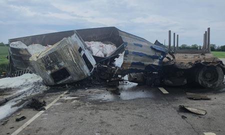 ДТП с большегрузами: погибли водители