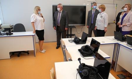 Готовность донских школ к учебному году проверил губернатор