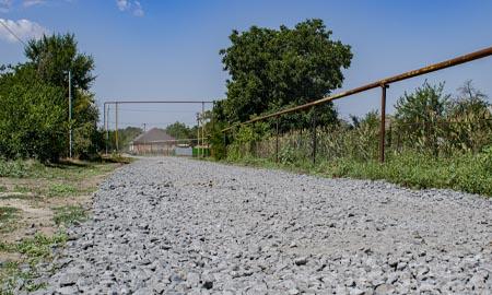 В Целинском районе полным ходом идет ремонт дорог