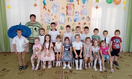 Дошколята из детского сада «Тополек» мечтают поскорее стать первоклассниками